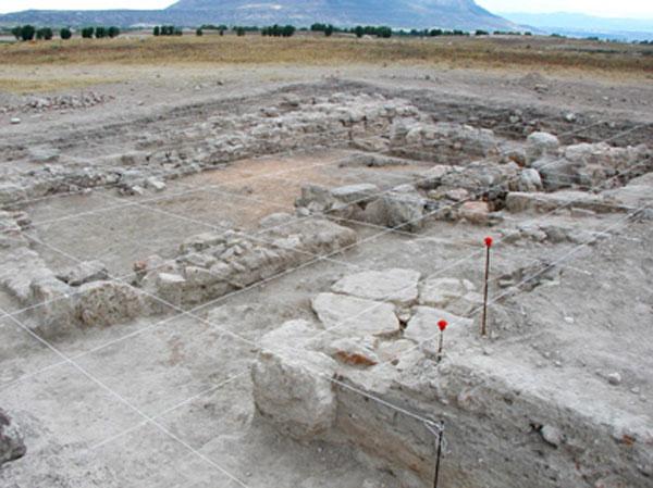 Hallan una cámara funeraria de los siglos V- IV a.C. a escasos metros de donde apareció la Dama de Baza Cepero2g